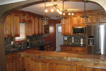 Kitchens / kitchen design / countertops / walls / kitchen décor / cabinets