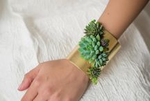 Living jewelry / Living jewelry made with real, live succulents.