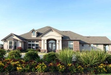 Baton Rouge Metro Apartments for Rent / When you live in one of our communities, your needs are answered by a team of professional, caring team members who take pride in providing a great place to live. You'll also enjoy unmatched services, from modern conveniences like paying your rent online to a guaranteed quick response to any maintenance issues. And you'll find our communities are not only of the highest quality, but also in top locations.