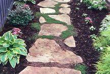 zahradní chodníček