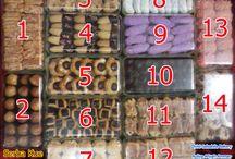 HADIAH ISTIMEWA untuk KELUARGA ISTIMEWA / SERBA COOKIES AL HARISAH - ANEKA RASA  1. Kastangels 2. Nastar 3. Almond Cheese Cookies 4. Cheese Button Cookies 5. Coffee Easymelt Cookies 6. Choco Bow Cookies 7. Sagu Keju 8. Putri Salju 9. Salju Blueberry 10. Choco Stick Cookies 11. Abon Gulung Keju 12. Sugar Cheese Cookies 13. Sagu Keju Strawberry 14. Cheese and Choco Cookies  www.facebook.com/serbakuealharisahbmtaaa 0857 80 4545 95 email bmtaaa1@yahoo.com Harga @Rp90.000,- / toples ukuran 350gr Pesanan Minimum Rp500.000,- 14 hari sebelumnya