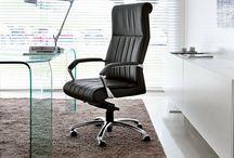 Office chairs // Sedie da ufficio