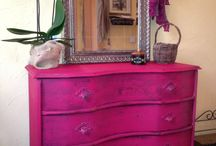 Pretty in pink / Painted furniture