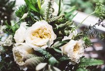 Beachfront Wedding / Put-In-Bay Beachfront Wedding of N + G  Featured on 100 Layer Cake Florals // Molly Taylor and Co. Photography // Suzuran Photography Planning and Styling // A Charming Fete Rentals // Borrow Rentals Cake // Hummingbird Bake Shop