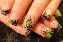 nails / by Melissa Pieper