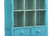 Wardrobes/free standing dressers