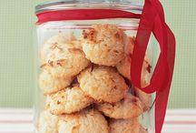 Cookie baking / Cookies, cookies, cookie jar