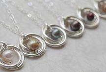 BAM! Member Bev Feldman of Linkouture / Handcrafted modern and elegant jewelry