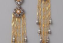 earings / by Jeanne Allen
