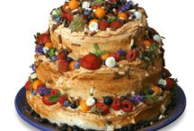 fruit birthday cake / by Lynnette Thramer
