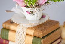 Tea cups wedding decor