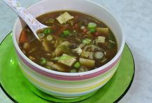 Make A Perfect Chinese Soup- The Secret Yet Simple Tips / Make A Perfect Chinese Soup- The Secret Yet Simple Tips §  Stir fries §  Use plenty of ginger, garlic and chillies §  Make sauces from starch §  Flavor enhancer- dried ingredients §  Natural food sources  #stirfry #strach #flavorenhancer #naturalfood For more info visit our website : goldenjoy.in
