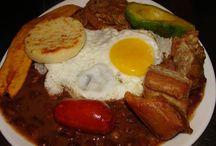 COMIDAS COLOMBIANAS / Mostrarle al mundo las comidas colombianas.