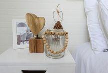 Zonnelux | Uitstel van executie / Zonnelux levert shutters en raamdecoratie op maat voor de woningen van het RTL 4 programma Uitstel van Executie, met als doel de woning voor de hoogst mogelijke prijs te verkopen. De onderstaande woningen uit seizoen 5 (2015) van Uitstel van Executie zijn gestyled door Full House Meubelverhuur, met raamdecoratie van Zonnelux.