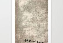 DISEÑOS DISSABTES / Diseño e ilustración  para estampación en carteles, camisetas, tazas, cojines, fundas de móvil, etc. en el portal web Society6 donde los productos están a la venta. By Dissabtes (Ana Guillén y Vicente Santiago)