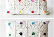 crochet & knitting pillow pattern