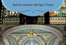 I ♥ France Travel / How can anyone not love travelling in France? My top tips and experiences for France vacations, as well as bucket list travel ideas.