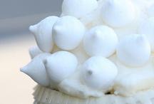 #cb4vidas / Ogni venerdì per Vidas e California Bakery è #fundraisingfriday: per tutti i cupcake venduti negli store California Bakery, parte del ricavato è devoluta all'associazione Vidas, a sostegno del progetto Day Hospice. Fotografate i vostri cupcake e taggateli con l'hashtag #cb4vidas. Raccoglieremo qui le vostre immagini!