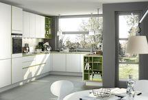 Muebles de Cocina / Selección de las cocina más modernas e impactantes que se fabrican hoy día, donde lo práctico se combina con la estética, la sencillez, y la tecnología.