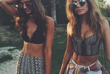 Tomorrowland outfits