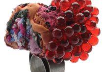 Jewellery Materials: Textile / by Francesca Cecchini