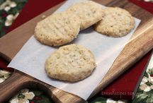 Cookies / by Shannon Drewry Sabins