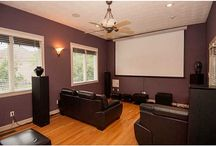 Home Movie Theaters / Home theater design inspiration! Click the photos to view a virtual tour of the homes.