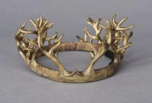 Crowns, tiaras, and circlets / Bling for the head.
