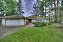 18309 Cedar Drive Battle Ground, WA / Gorgeous home with vaulted ceiling and tons of natural light.This property has been sold, but if you are looking for a home to buy or have a home you would like to sell, please don't hesitate to contact our office at (360)989-3390 and one of our agents will be more than happy to assist you or answer any questions you may have. #VancouverWA #BattleGround #CedarsGolfCourse #HomesForSale #FrontDoorRealty #FrontDoorNW #HomesOnAcreage #GolfCourseHomes #BankOwned #REOproperties #REOAuctions