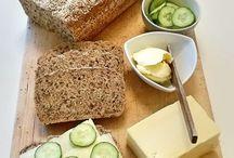 grovt bröd med linfrön
