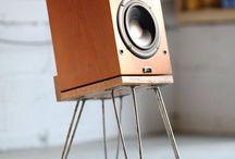 Lautsprecher Regal