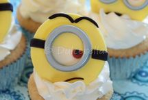 cupcakes with fondant