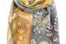 Gouden zijde sjaal