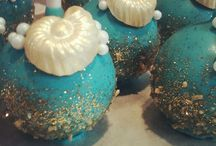 Cake Pops! / by Cameron Maiden