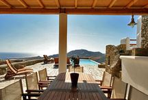 Villa Cynthia #Mykonos #Greece #Island / Above the bay of Mykonos Super Paradise beach which is, in the view of the endless blue of the Aegean Sea and the islands of Paros and Naxos , lies the villa Cynthia , the third villa Super Paradise Villas complex. http://www.mygreek-villa.com/fr/rent-villa-search-2/villa-cynthia-ile-de-mykonos-gr%C3%A8ce