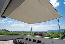 VELE OMBREGGIANTI / Soluzioni ombreggianti e d'arredo: riparano dal sole e sono resistenti alla pioggia. Zona d'ombra regolabile.