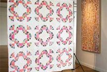 A VINTAGE QUILT TO MAKE / Here will I pin quilt with patterns. / by Dorte Rasmussen.Denmark