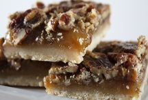 Cookies & Bars to Try / by Manon Ibes