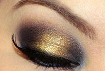 Makeup / by Maria Jose