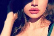 Plump Lips Mmm