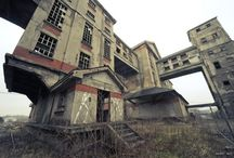 abandoned places / Interesting abandoned places and buildings around the world