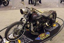 Uluslararası Motosiklet Fuarı / Washington, Long Beach, Detroit, New York, Atlanta, Dallas ve San Mateo'da görücüye çıkan farklı, çılgın ve sıradışı motosikletler...