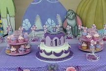 Ideas fiestas infantiles / by Claudia Gallardo