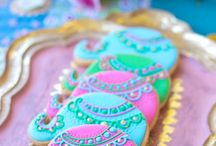 Bollywood Indian Party / I love Indian culture! The food, colors, and patterns are amazing. Plan a Bollywood party or an East Indian Boho theme. Many elements also work well for an Arabian nights party or an Aladdin and Princess Jasmine theme.
