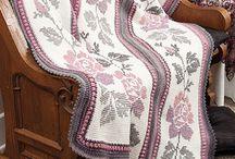 Afegãos Luxuosos Bordados no Crochê, Ponto Cruz, Ponto Russo, Ponto Reto.. / Afghanis Luxurious Embroidery in Crochet, Cross Point, Russian Point, Straight Stitch ...