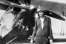 """ΑΠΟΦΘΕΓΜΑΤΑ /  Amelia Earhart  """"Το πιο δύσκολο πράγμα είναι η απόφαση να δράσεις, τα υπόλοιπα είναι απλώς επιμονή."""""""