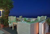 Palmera Seaside Restaurant / 'Fine homemade Mediterranean cuisine. Romantically located next to the sea, in the heart of Chersonissos'