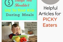 Kids eating / by Stacy Bickers