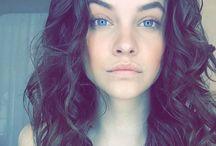 Palvin, Barbara - Instagram, Twitter