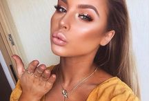 Bronzed makeup looks